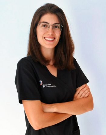 Cínica Dental Moreno Montalvo - Dra. Elisabet Roca Millán